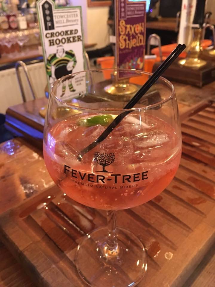 A local raspberry gin & tonic at Towcester Brewery