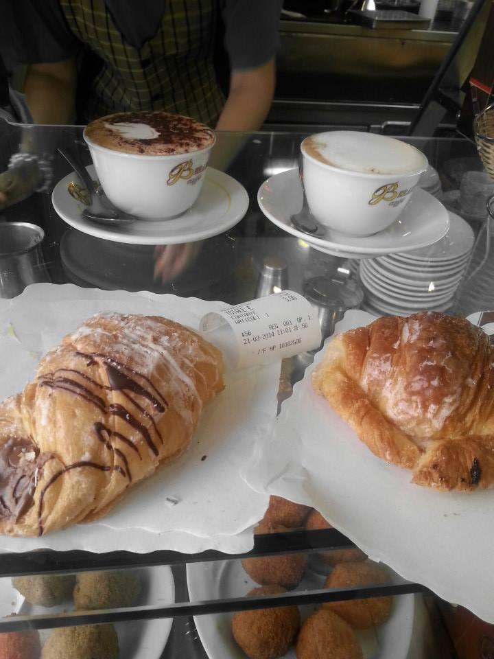 Our standard roman breakfast - cappucino e cornetto 1.50 euro!