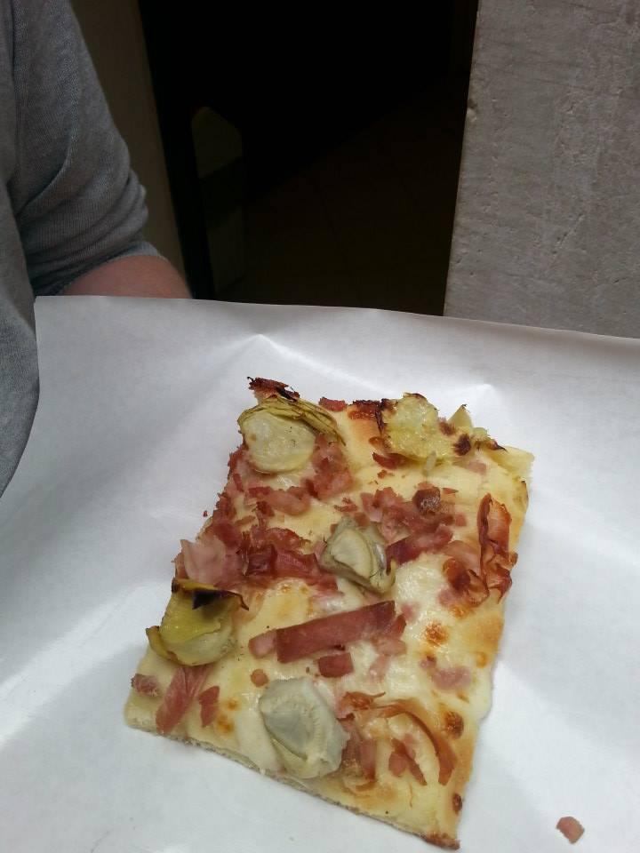 Arte della Pizza - Proscuitto and artichoke