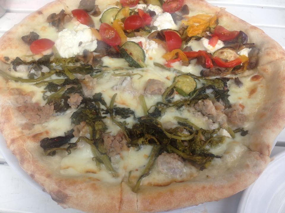 Yammo's Pizza